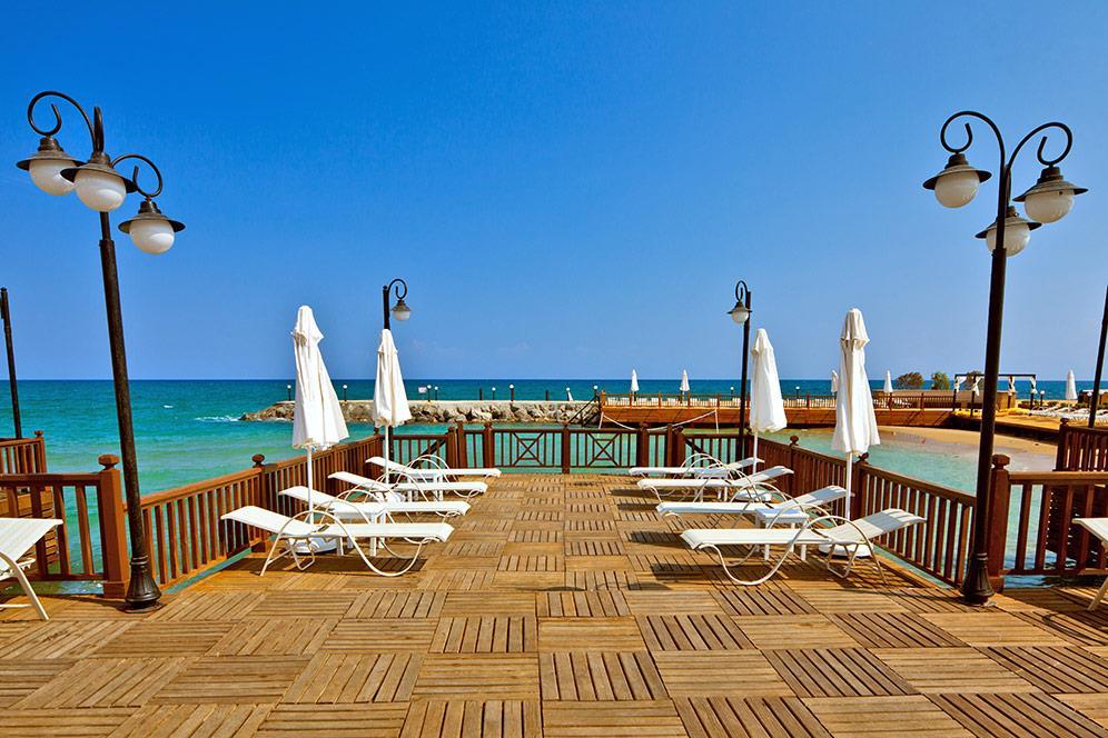 ada-beach-hotel-006.jpg