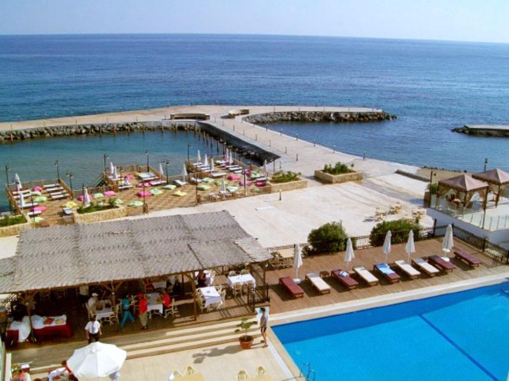ada-beach-hotel-013.jpg