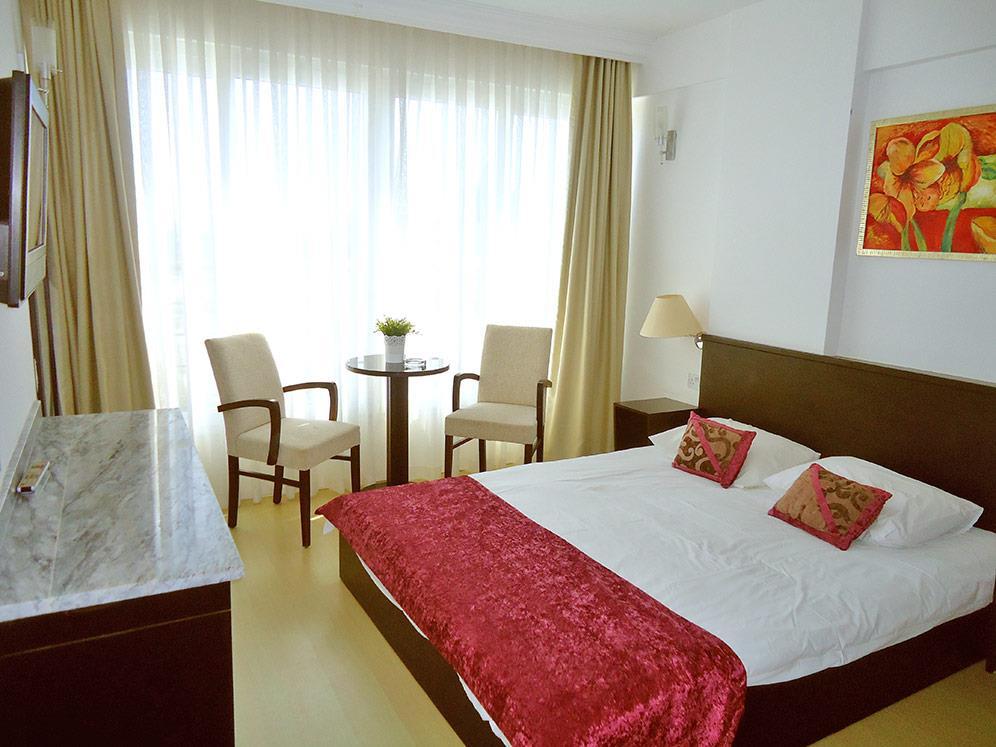 ada-beach-hotel-014.jpg