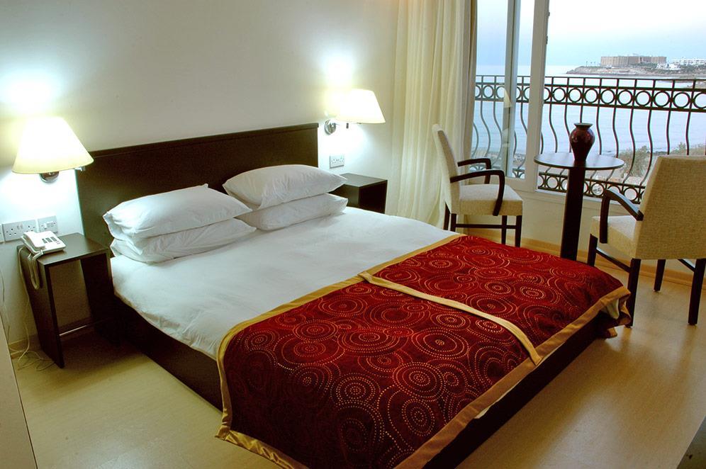 ada-beach-hotel-019.jpg