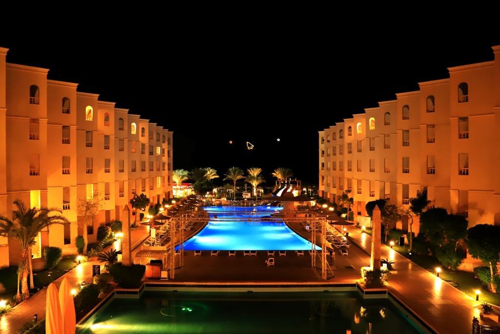 amc-royal-hotel-and-spa-general-00111