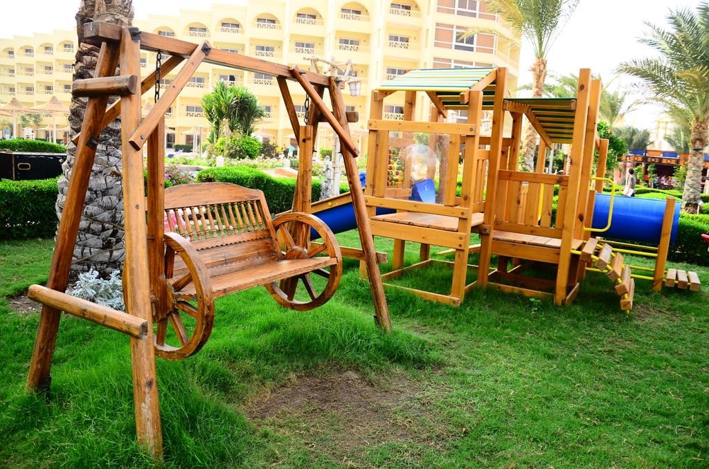 amc-royal-hotel-and-spa-general-00123