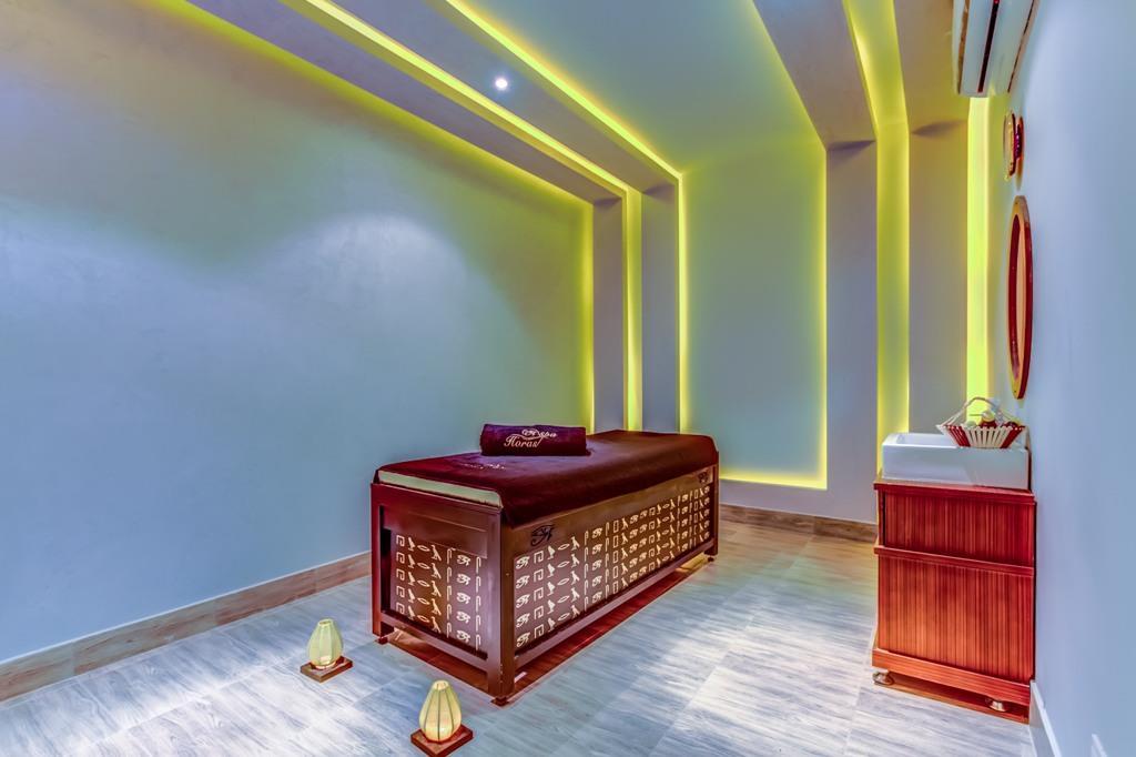 amc-royal-hotel-and-spa-general-0014