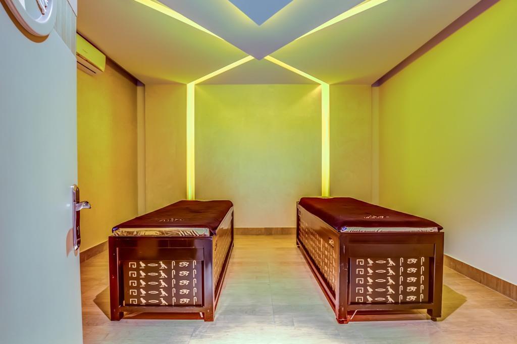 amc-royal-hotel-and-spa-general-00146