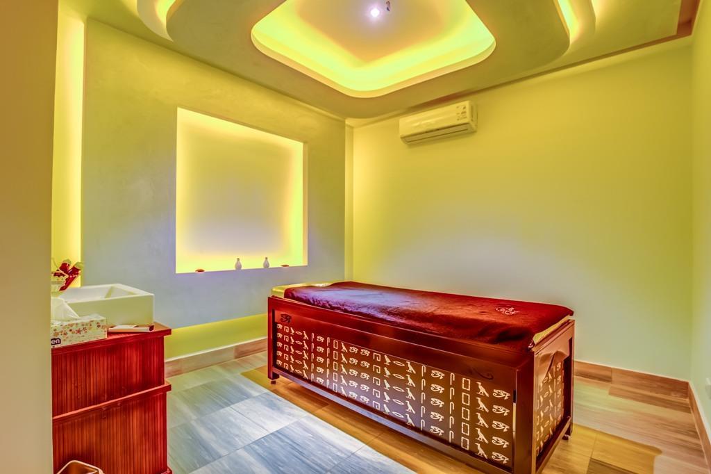 amc-royal-hotel-and-spa-general-00147