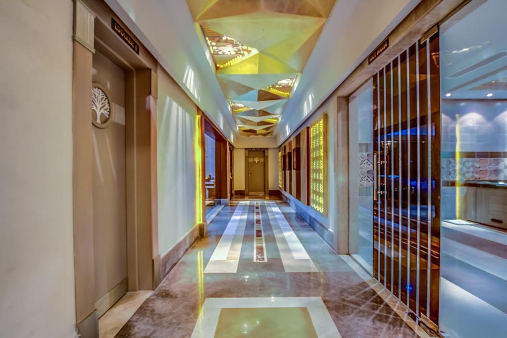 amc-royal-hotel-and-spa-general-0017