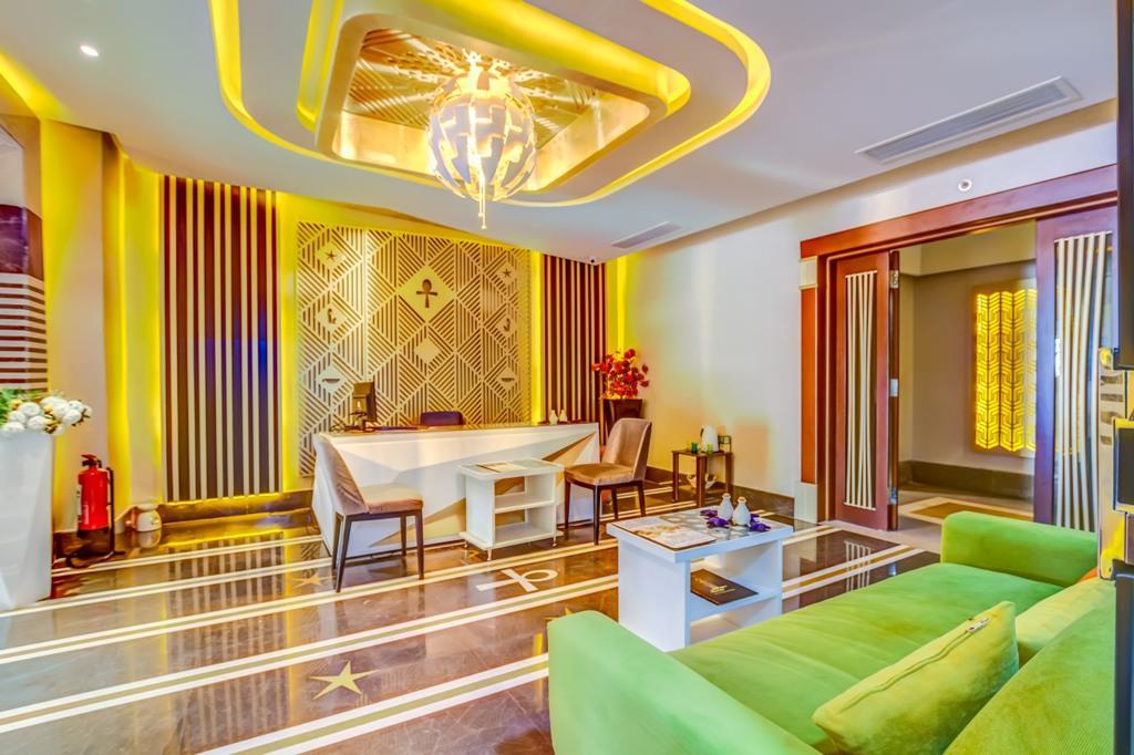 amc-royal-hotel-and-spa-general-002