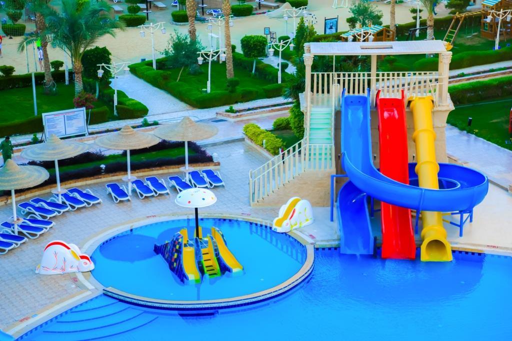 amc-royal-hotel-and-spa-general-003