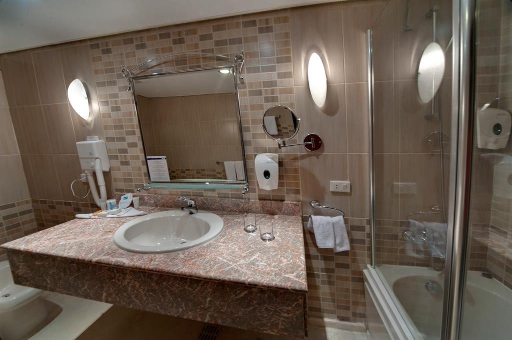 amc-royal-hotel-and-spa-general-0030