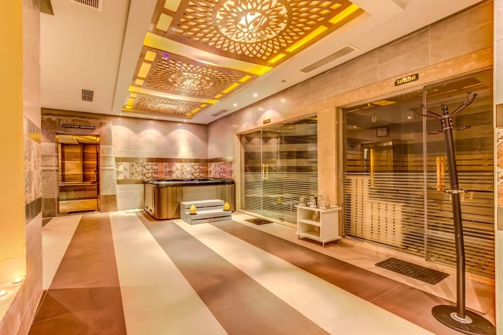 amc-royal-hotel-and-spa-general-007