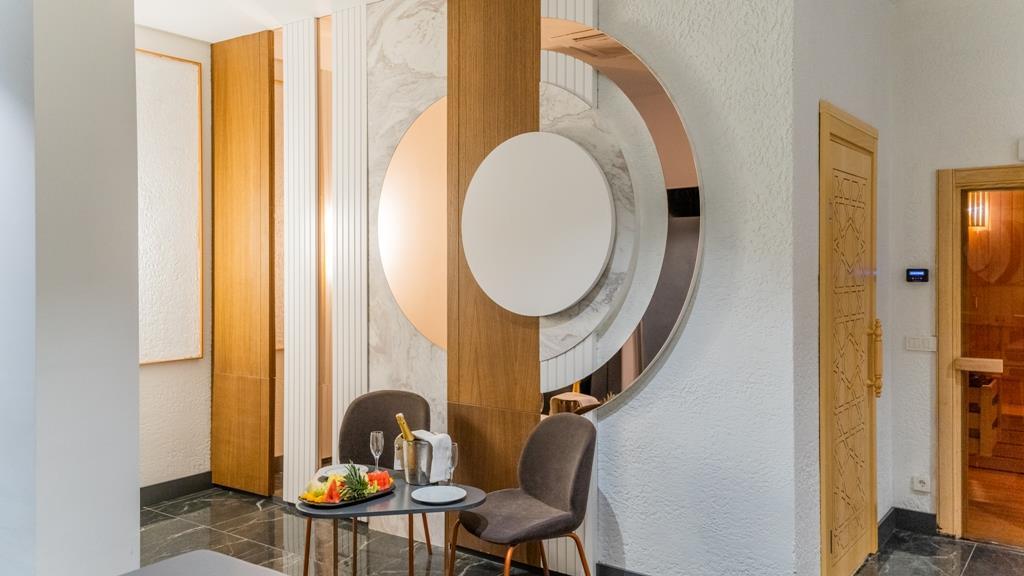 http://www.orextravel.sk/OREX/hotelphotos/amon-hotels-general-00106.jpg