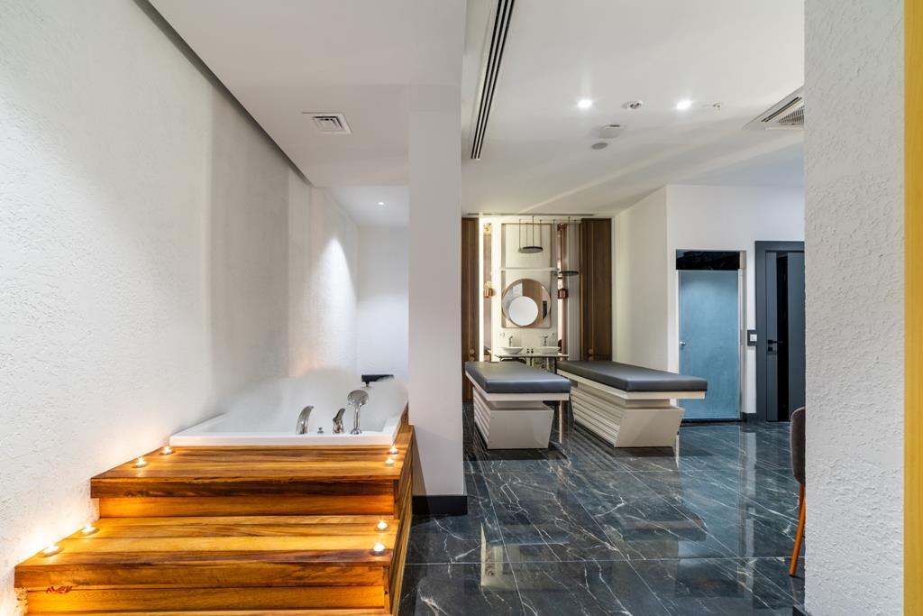 http://www.orextravel.sk/OREX/hotelphotos/amon-hotels-general-0019.jpg