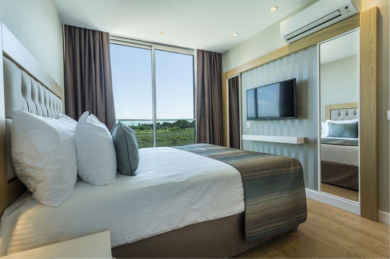 http://www.orextravel.sk/OREX/hotelphotos/aska-river-suite-area-0011.jpg