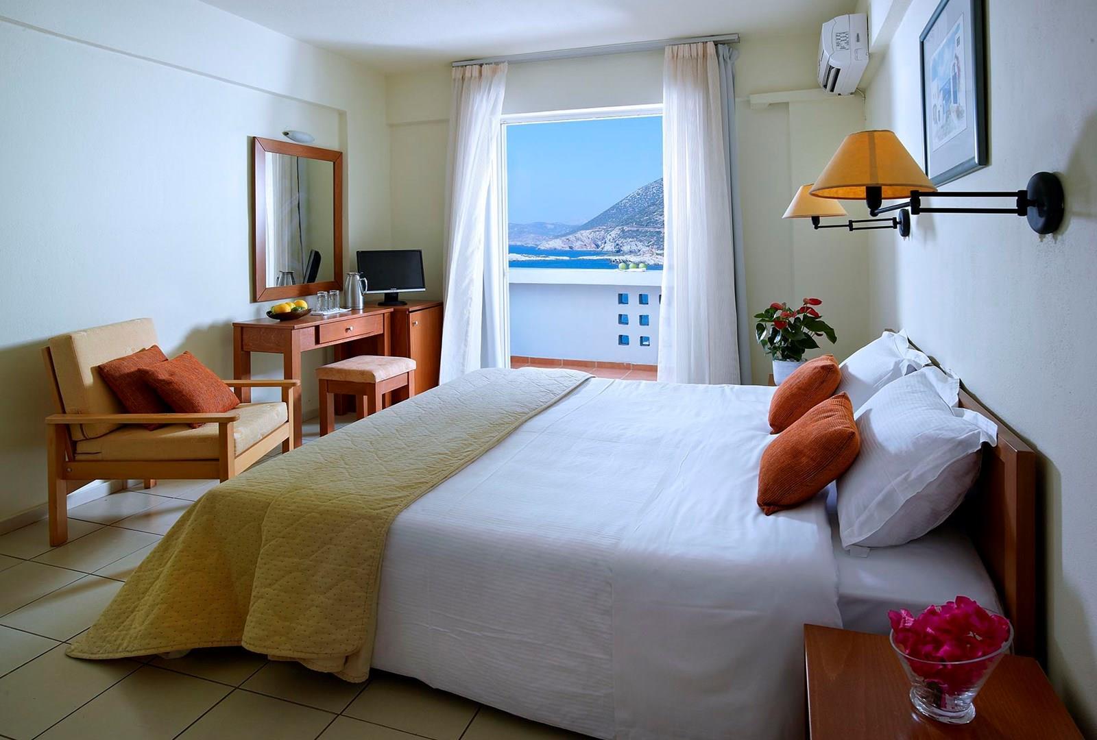 bali beach village hotel bali heraklion all inclusive. Black Bedroom Furniture Sets. Home Design Ideas