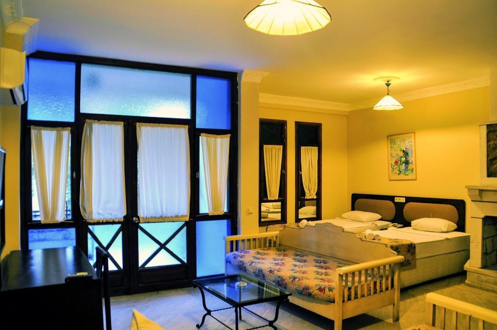 http://www.orextravel.sk/OREX/hotelphotos/belkon-hotel-000.jpg