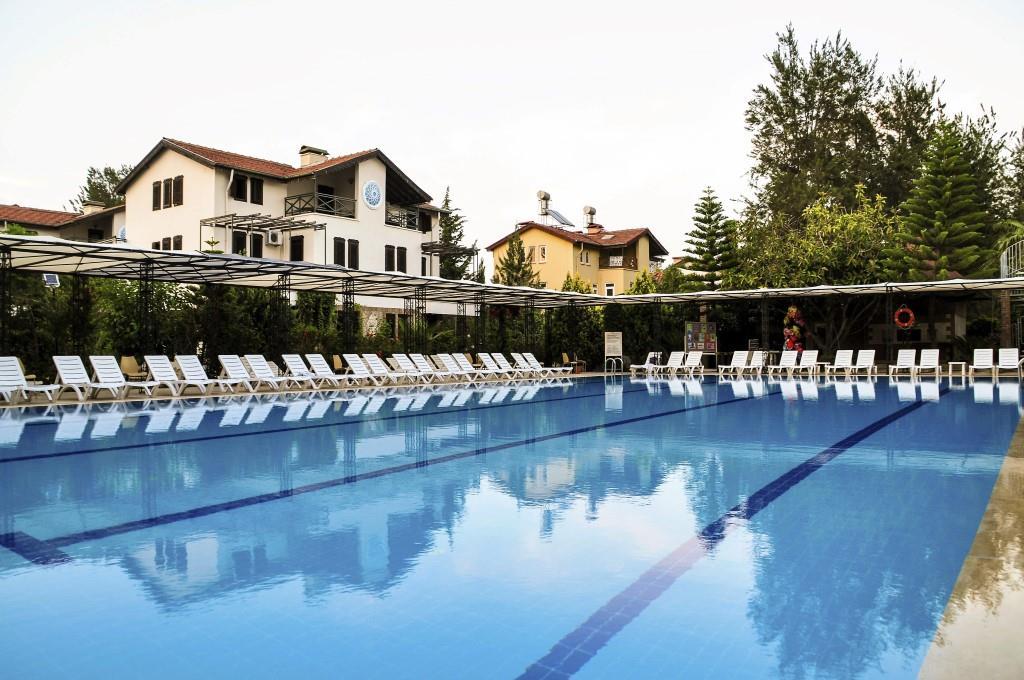http://www.orextravel.sk/OREX/hotelphotos/belkon-hotel-008.jpg