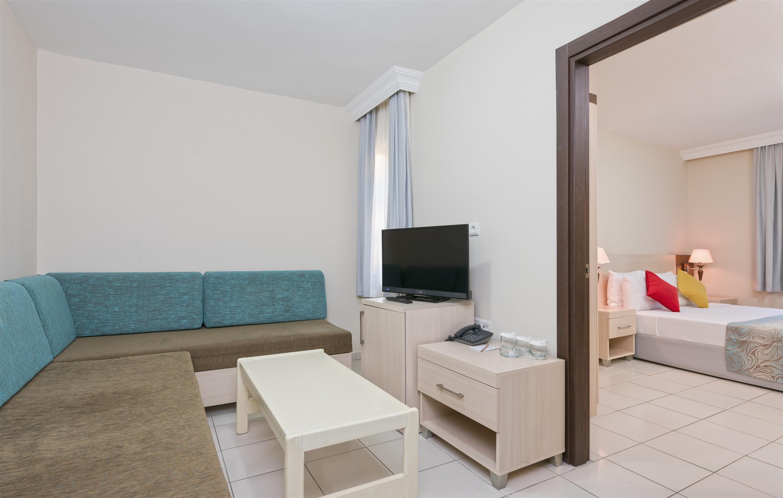 http://www.orextravel.sk/OREX/hotelphotos/club-sidelya-hotel-general-0016.jpg