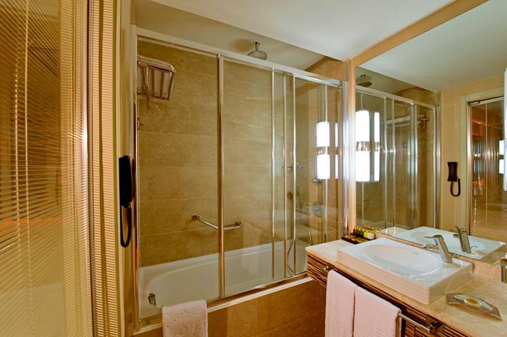 cratos-premium-hotel-009.jpg