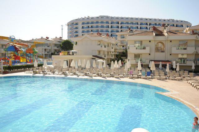 http://www.orextravel.sk/OREX/hotelphotos/dream-world-hill-reception-007.jpg