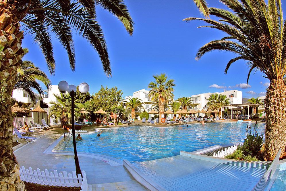 http://www.orextravel.sk/OREX/hotelphotos/europa-beach-013.jpg