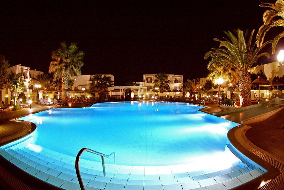http://www.orextravel.sk/OREX/hotelphotos/europa-beach-015.jpg