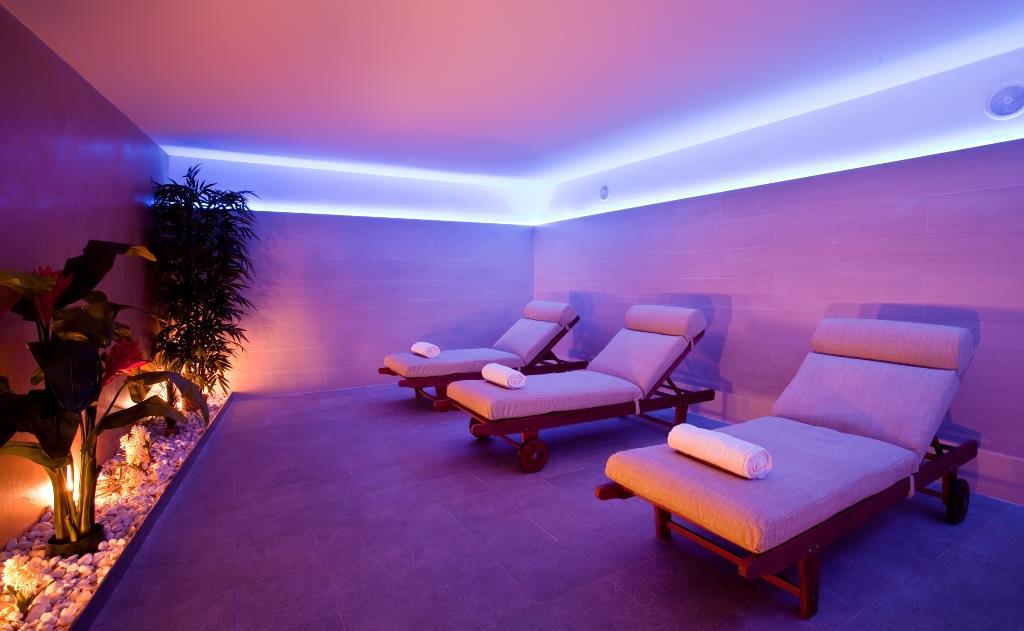 http://www.orextravel.sk/OREX/hotelphotos/fontanellas-playa-general-0037.jpg