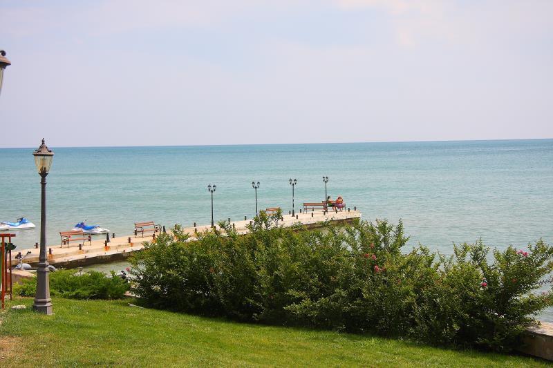 http://www.orextravel.sk/OREX/hotelphotos/garden-of-eden-030.jpg