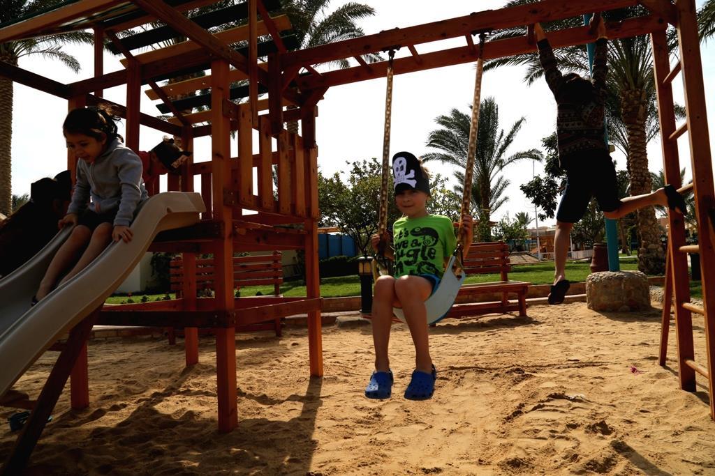 golden-beach-resort-general-00257