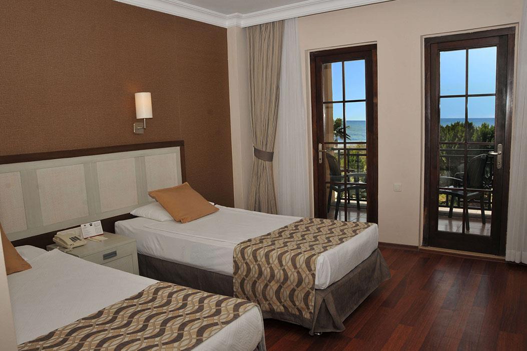 http://www.orextravel.sk/OREX/hotelphotos/green-imperial-beach-area-009.jpg