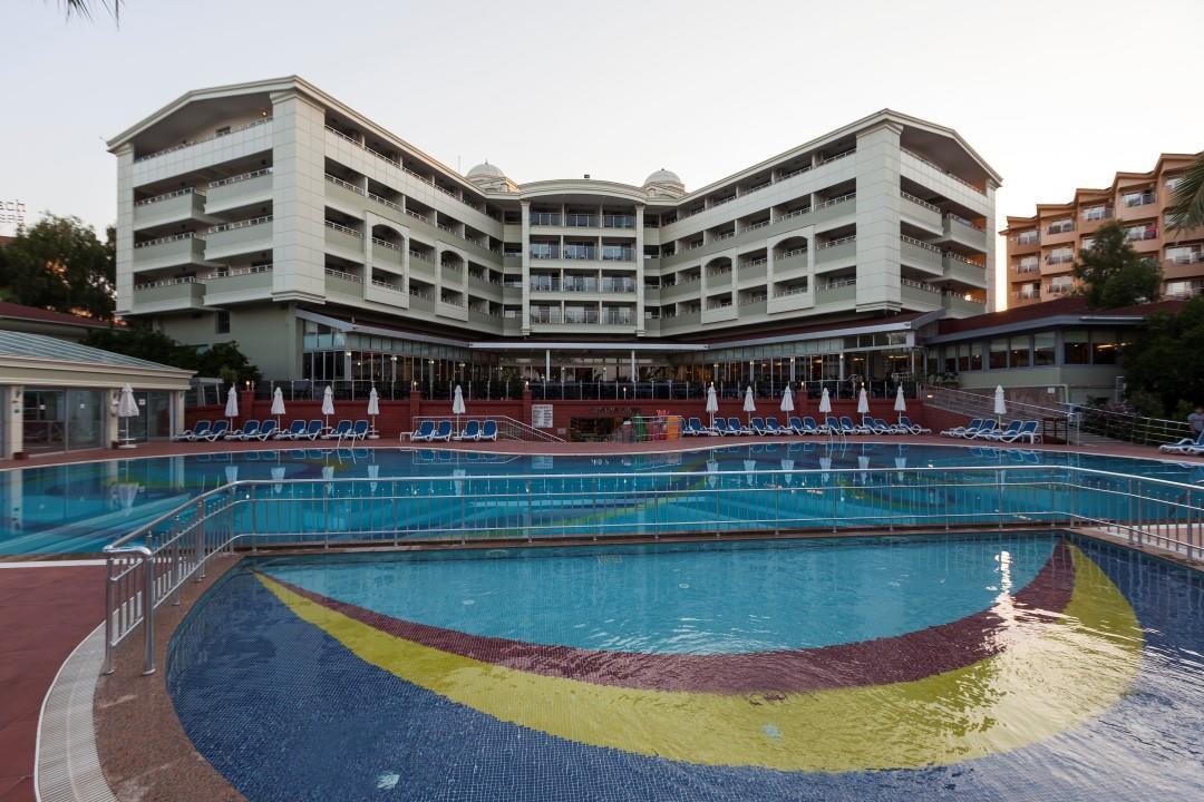 http://www.orextravel.sk/OREX/hotelphotos/hane-hotel-general-005.jpg