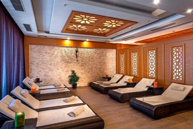 http://www.orextravel.sk/OREX/hotelphotos/karmir-resort-general-0037.jpg