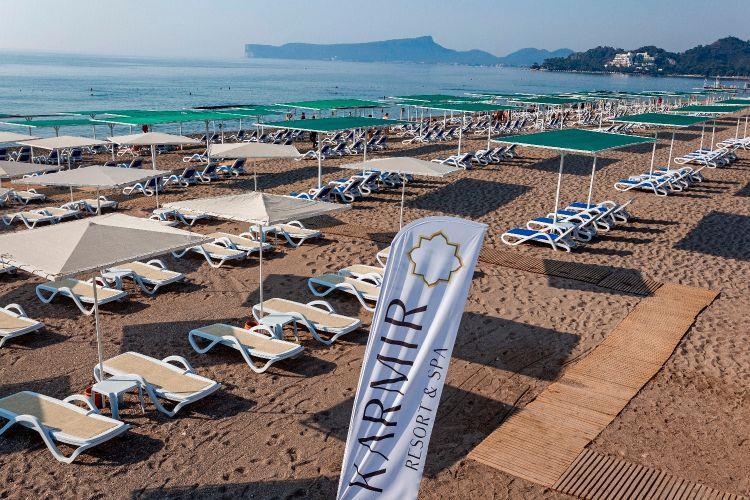http://www.orextravel.sk/OREX/hotelphotos/karmir-resort-general-0048.jpg