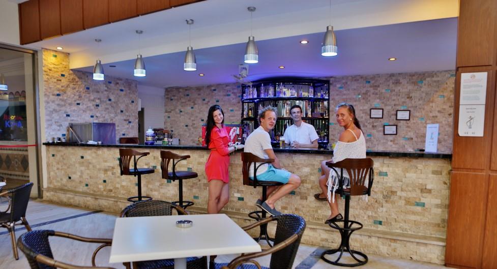 http://www.orextravel.sk/OREX/hotelphotos/katya-hotel-007.jpg