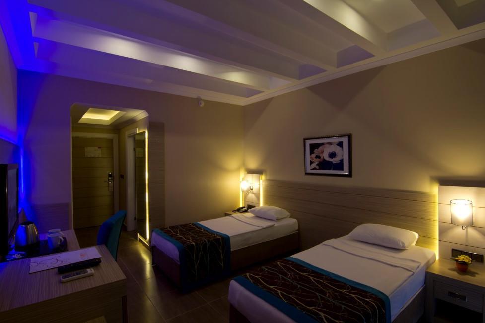 http://www.orextravel.sk/OREX/hotelphotos/katya-hotel-056.jpg