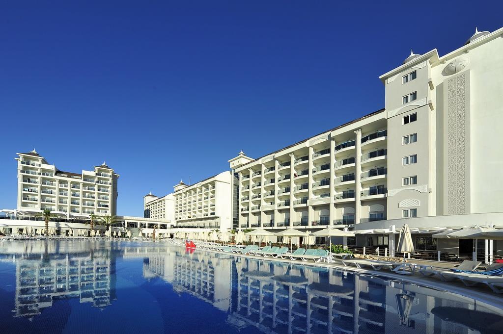 lake-river-side-hotel-general-067.jpg