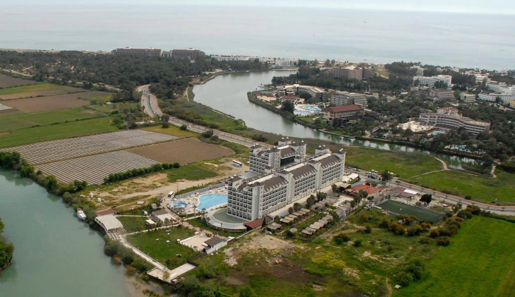 lake-river-side-hotel-general-071.jpg
