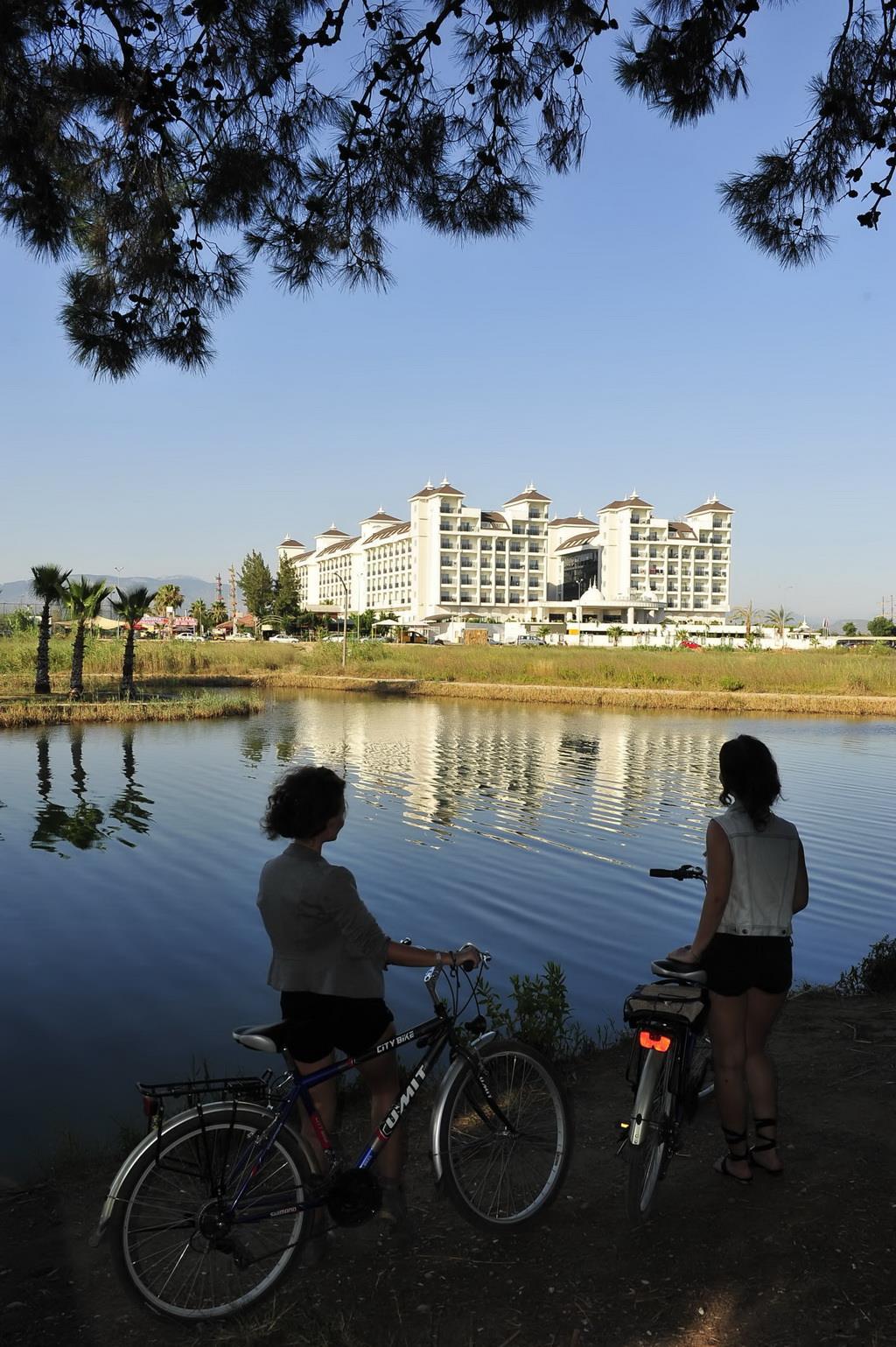 lake-river-side-hotel-general-087.jpg