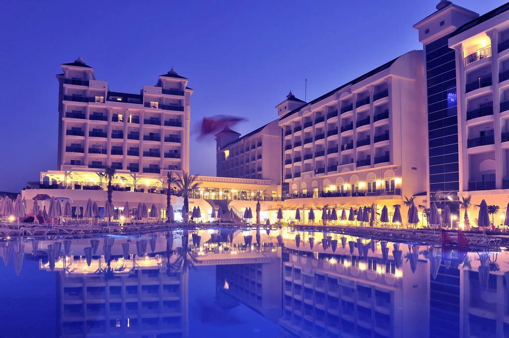 lake-river-side-hotel-general-090.jpg
