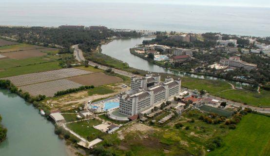 lake-river-side-hotel-reception-068.jpg