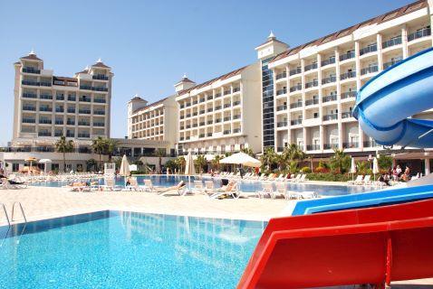 lake-river-side-hotel-reception-075.jpg