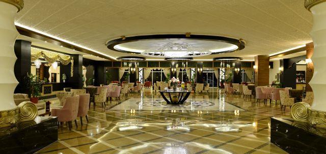 lake-river-side-hotel-reception-083.jpg