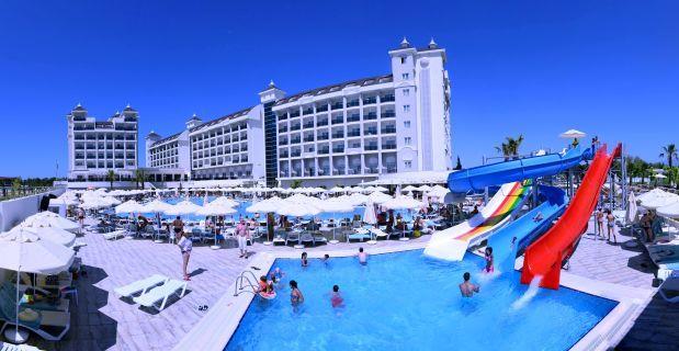 lake-river-side-hotel-reception-088.jpg