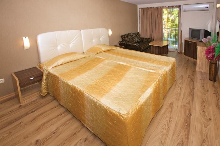 http://www.orextravel.sk/OREX/hotelphotos/marieta-palace-000.jpg