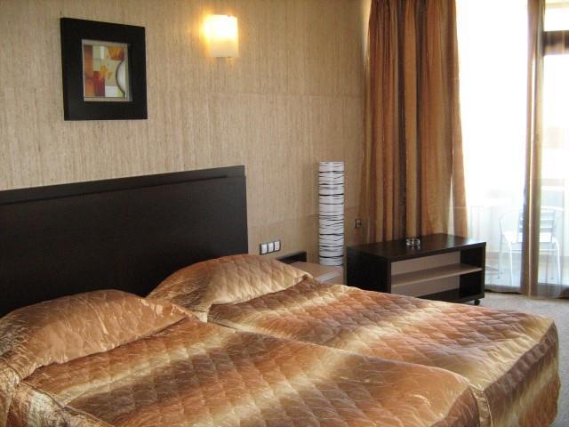http://www.orextravel.sk/OREX/hotelphotos/marieta-palace-012.jpg