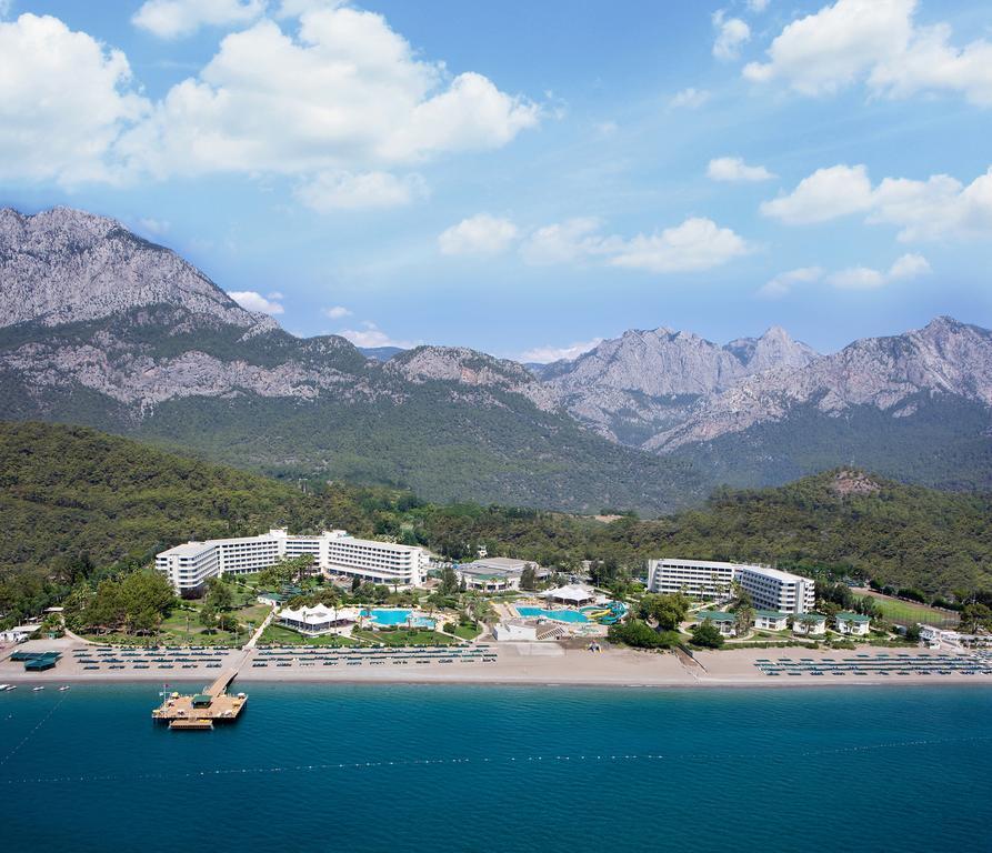 http://www.orextravel.sk/OREX/hotelphotos/mirage-park-resort-area-004.jpg