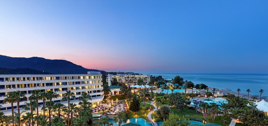 http://www.orextravel.sk/OREX/hotelphotos/mirage-park-resort-area-006.jpg