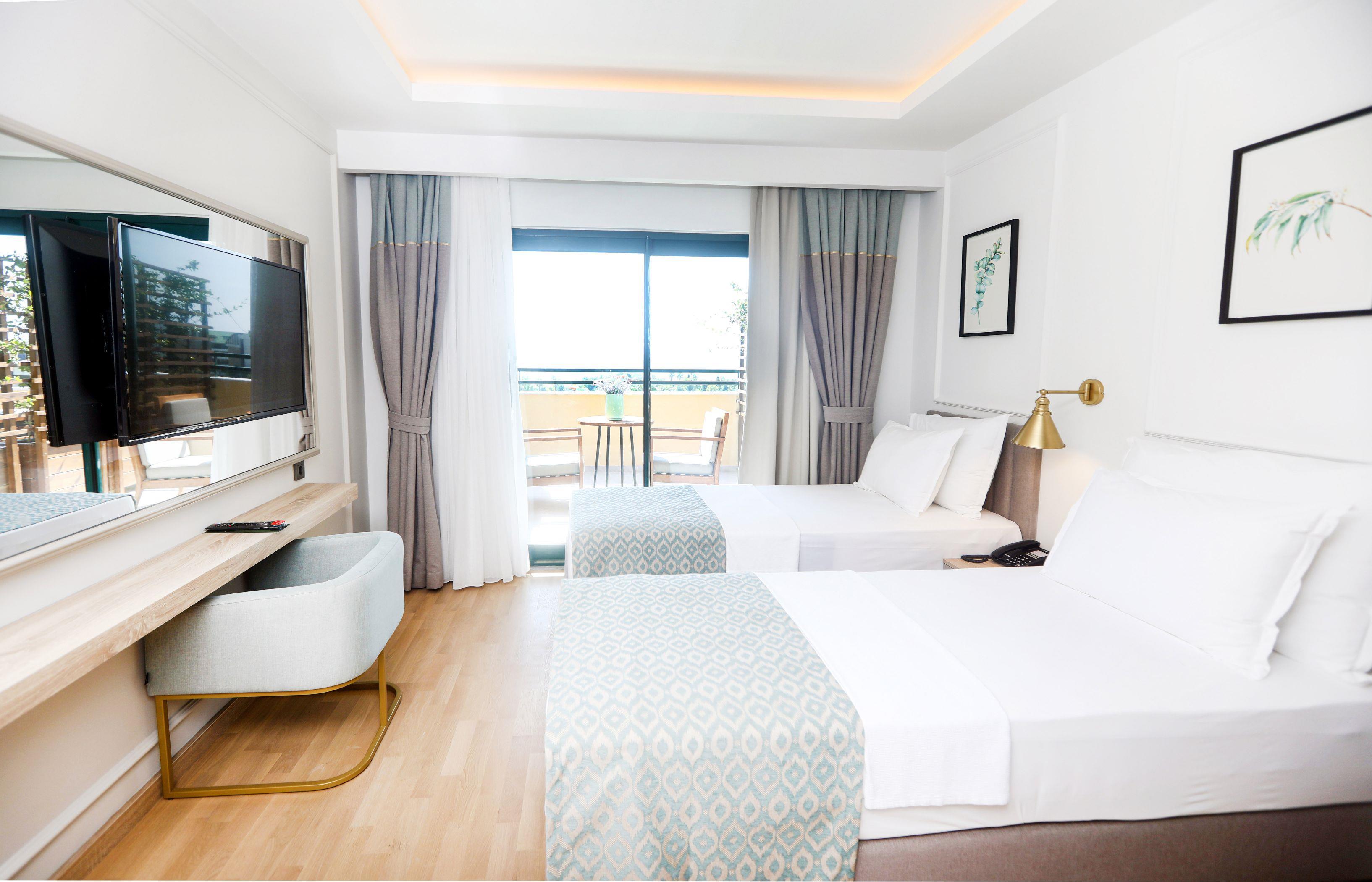 http://www.orextravel.sk/OREX/hotelphotos/miramare-queen-hotel-general-00105.jpg