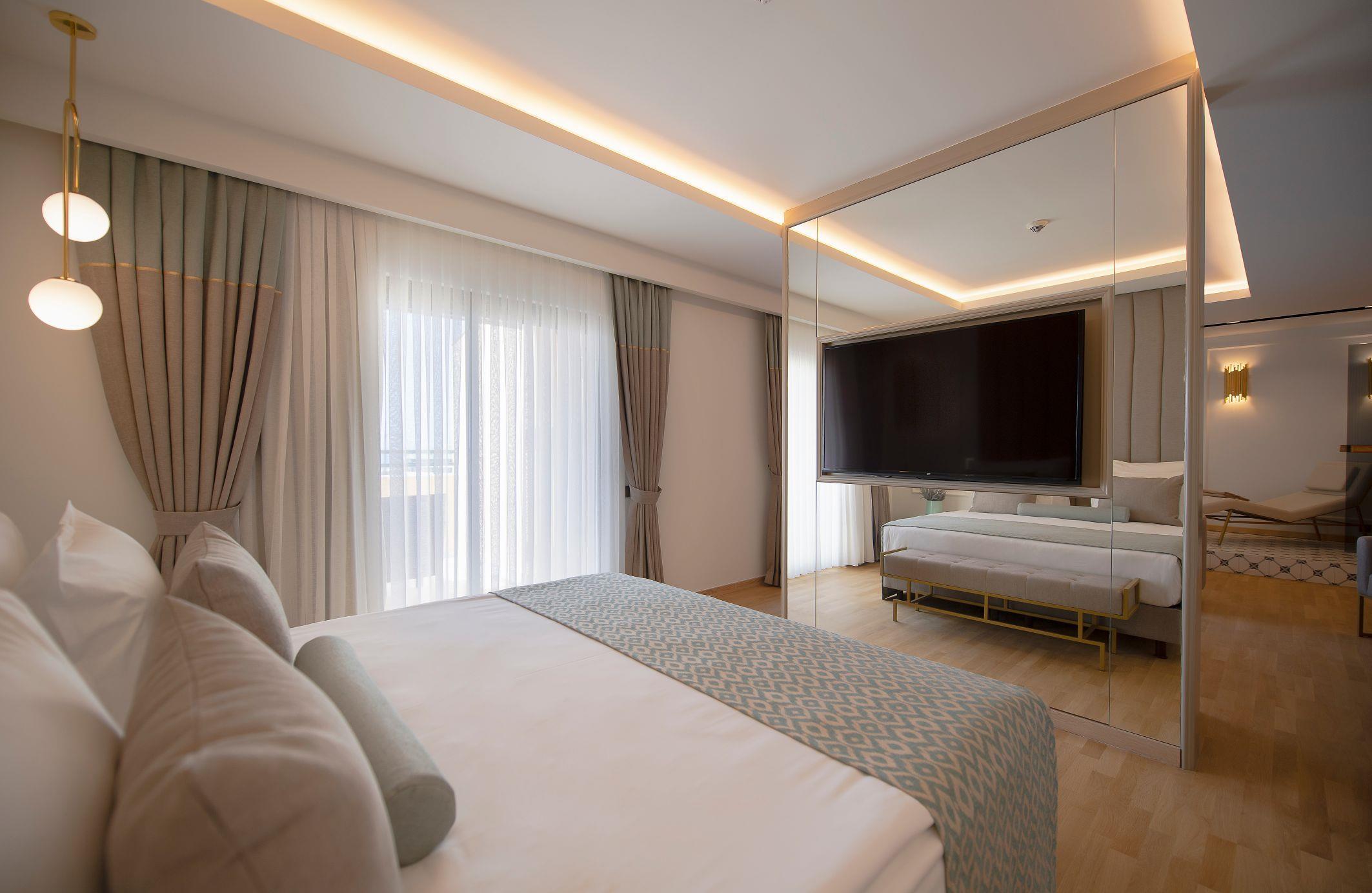 http://www.orextravel.sk/OREX/hotelphotos/miramare-queen-hotel-general-0012.jpg