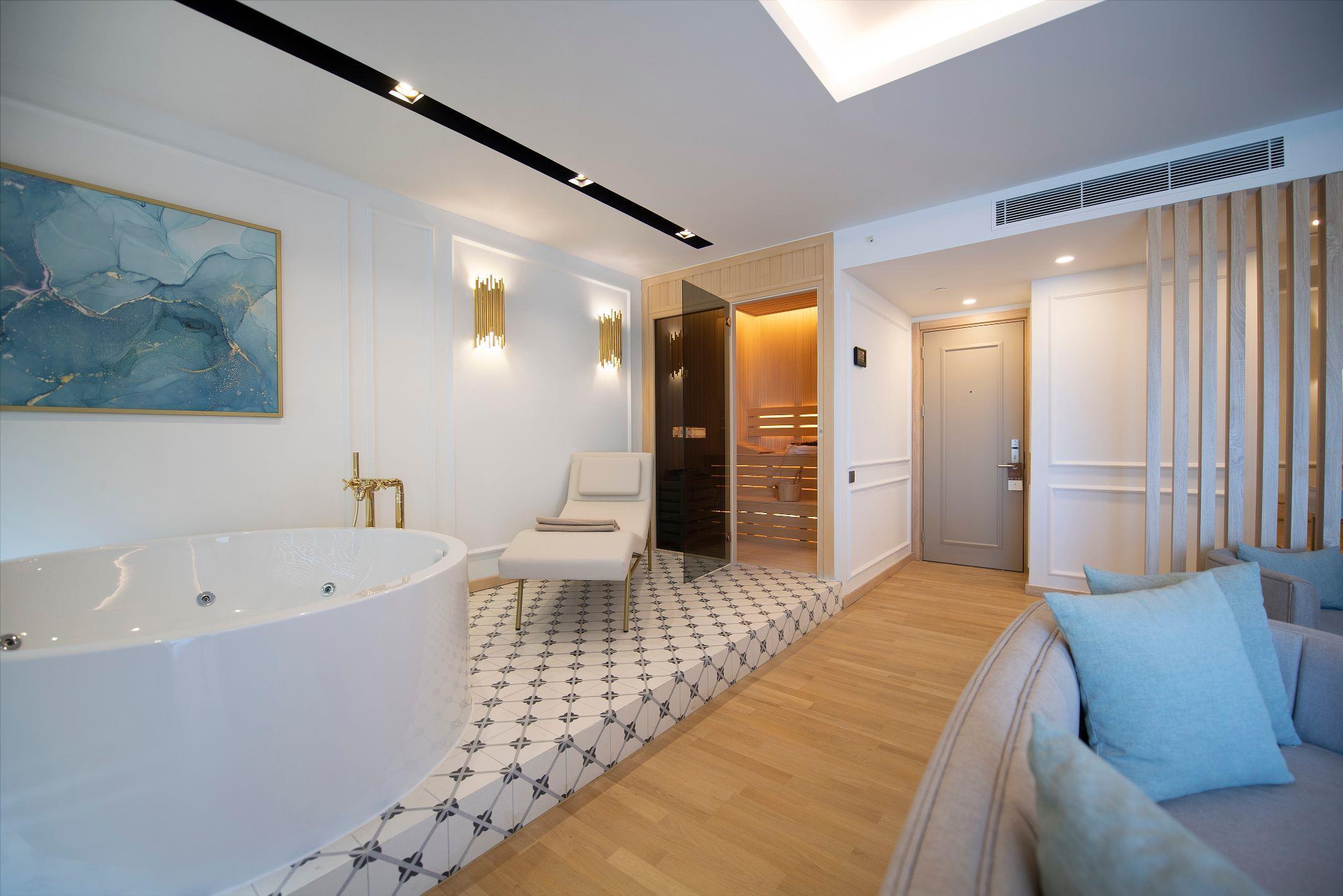 http://www.orextravel.sk/OREX/hotelphotos/miramare-queen-hotel-general-0020.jpg