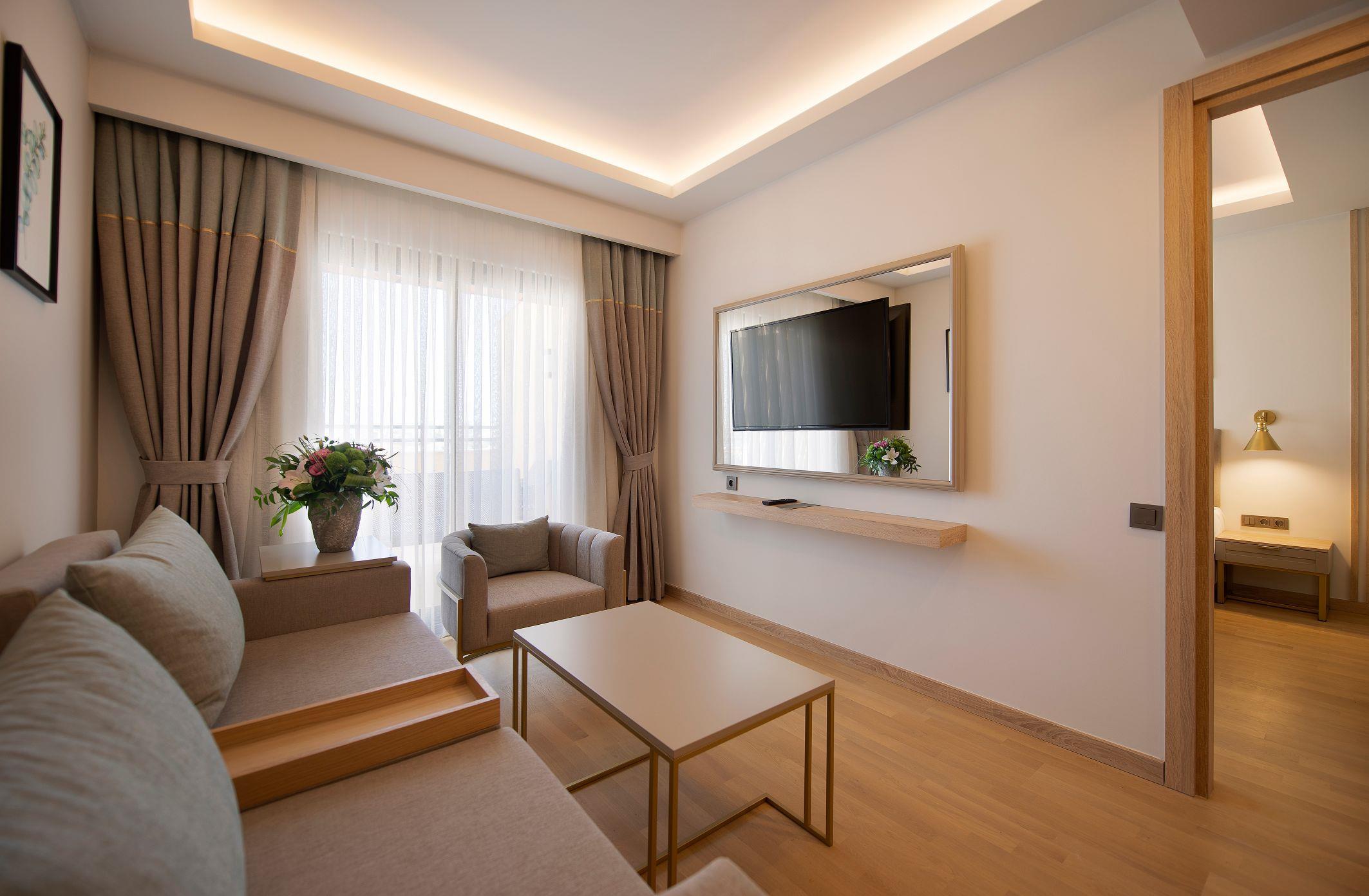http://www.orextravel.sk/OREX/hotelphotos/miramare-queen-hotel-general-0023.jpg
